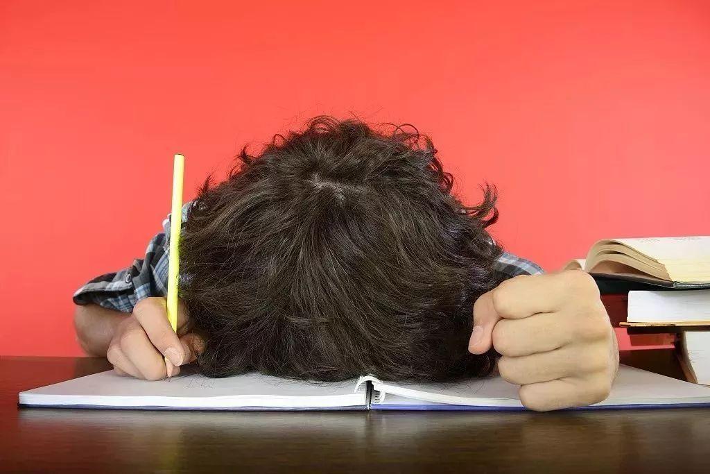 """南京一小学生考试没考好,被妈妈严厉批评后,竟被吓""""中毒""""了!"""