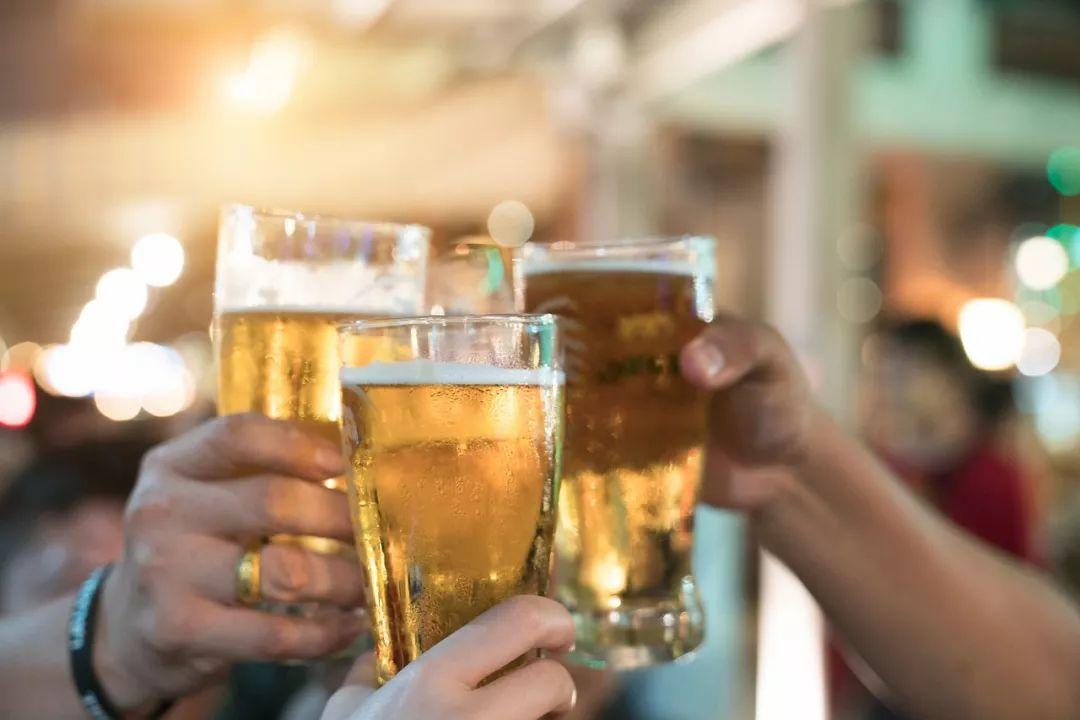 啤酒肚真是喝啤酒喝出来的?看完才知道……