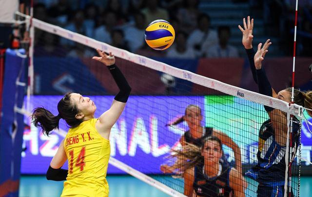 中国女排,她凭借四场比赛的绝佳表现,让自己去世界杯的机会骤增