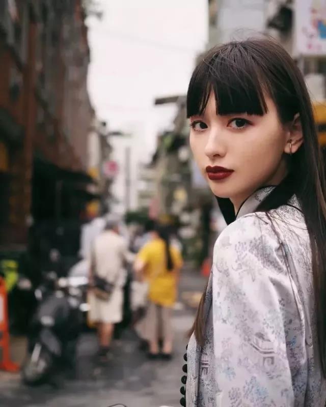 日本超人气模特坐拥百万粉丝,还是穿衣时尚搭配教主,居然是位上海姑娘? v118.com