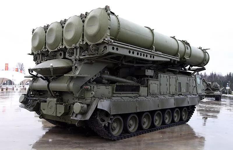 原创致命铁幕:俄罗斯s-300系列远程地对空导弹