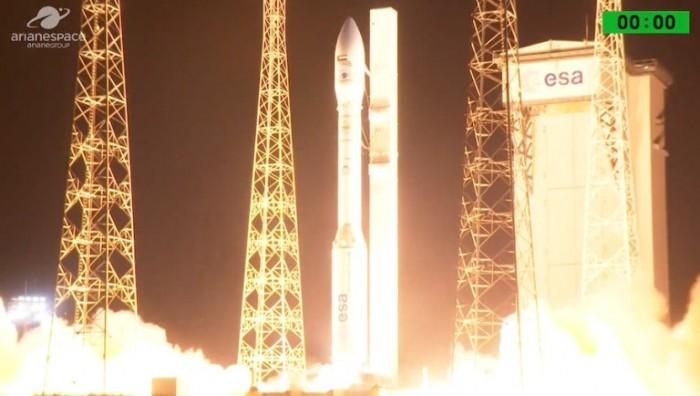 阿联酋军用卫星发射失败2分钟后坠入大西洋!控制室专家一片沉默