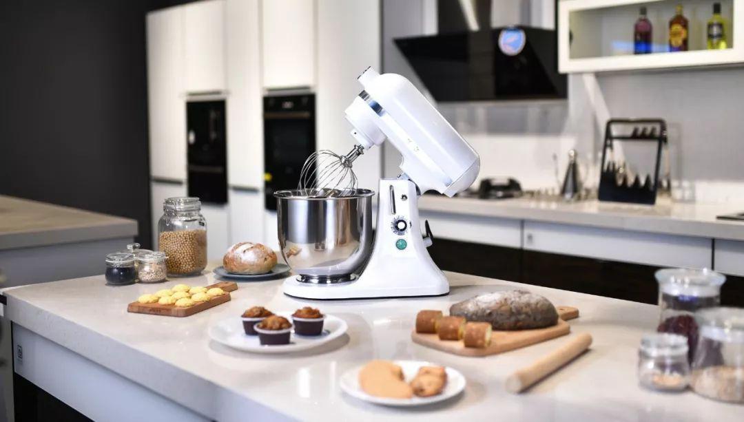 """""""科技控""""的集成灶厨房,亿田生活值得拥有!"""