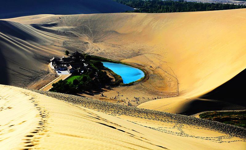 和沙漠的一百天图片_两天时间在敦煌如何玩?这些景点不仅好玩而且更有地域文化国 ...