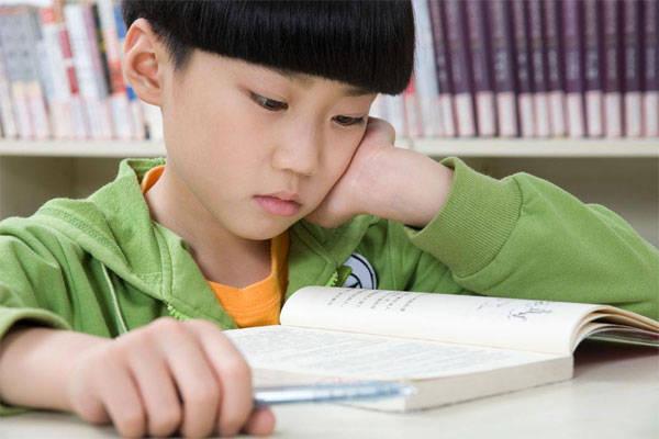 孩子6岁前,家长要经常跟他说4句话,他们会受用一辈子