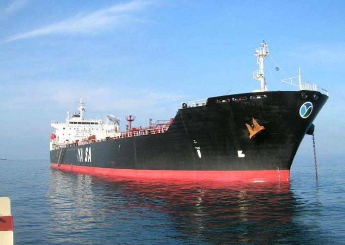 伊朗报复围堵英国油轮,大批英军舰火速前来,伊:禁止开火