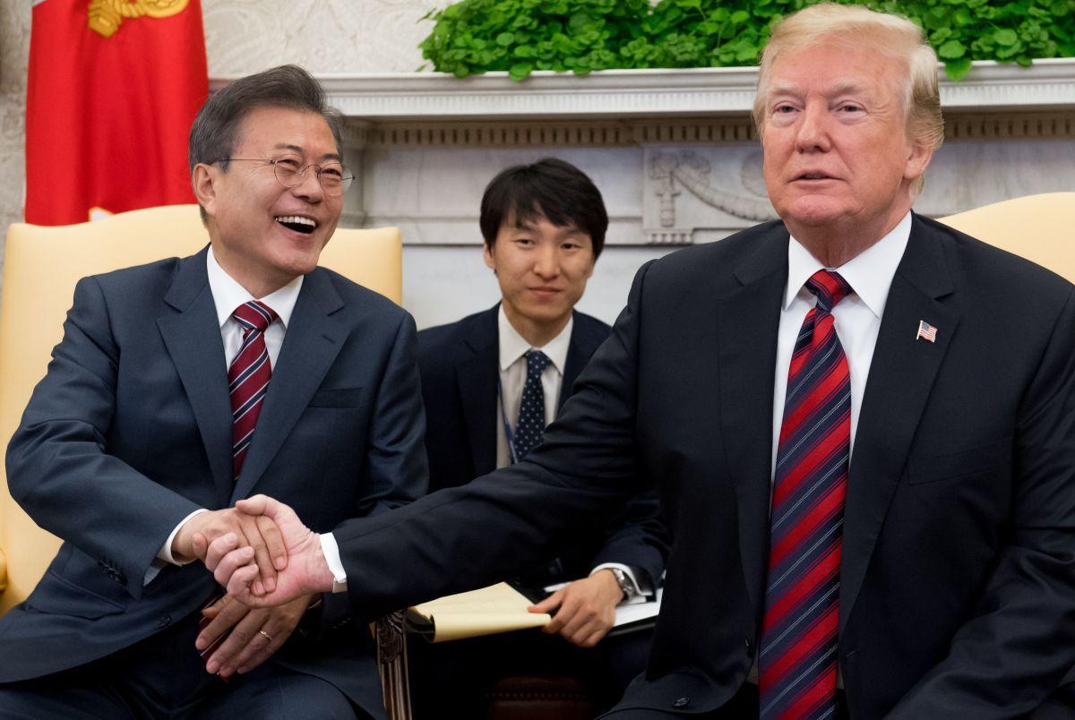 这是赤裸裸的羞辱!韩国刚被日本制裁,又遭美国狠狠捅了一刀