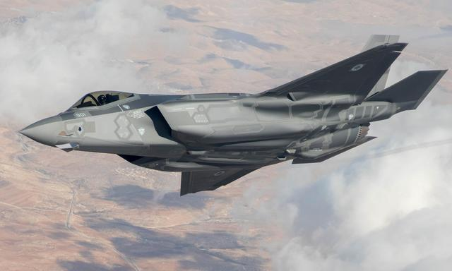 <b>F35再次飞入叙利亚,十分钟后掉头返航,S300导弹首次开机就锁定</b>