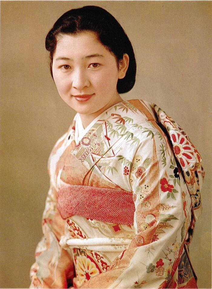 美智子的青涩照 美丽聪明,和善博学,笑容最具感染力图片