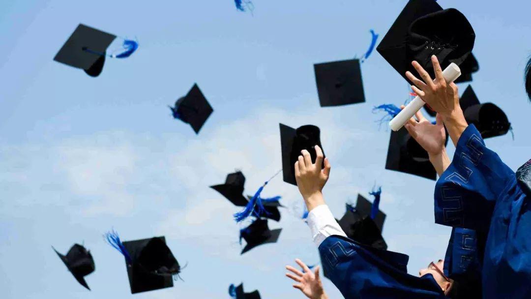 7月,请对求职的毕业生好一点 | 主题清单