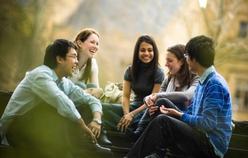 加拿大留学奖学金怎么选择?