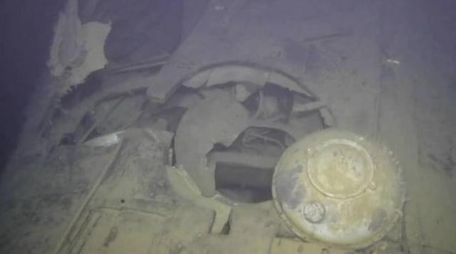 <b>116公斤铀,还有两枚核鱼雷,这艘沉没的金鱼终究还是核泄漏了</b>