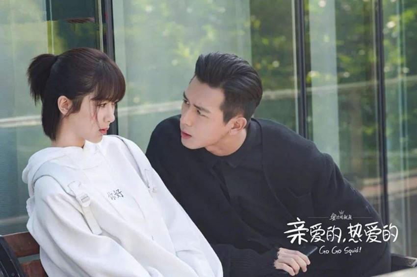 """《亲爱的》关注度爆棚,杨紫太""""旺""""男主角,以前粉邓伦如今粉李现"""