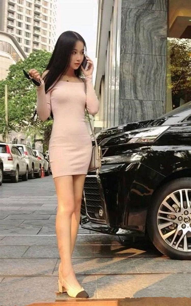 街拍,蕾丝上衣搭配牛仔裤,小姐姐女王范真迷人