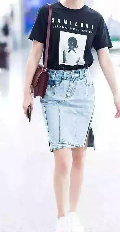 【搭配技巧】半身牛仔裙+T恤搭配,娱乐圈都在穿!
