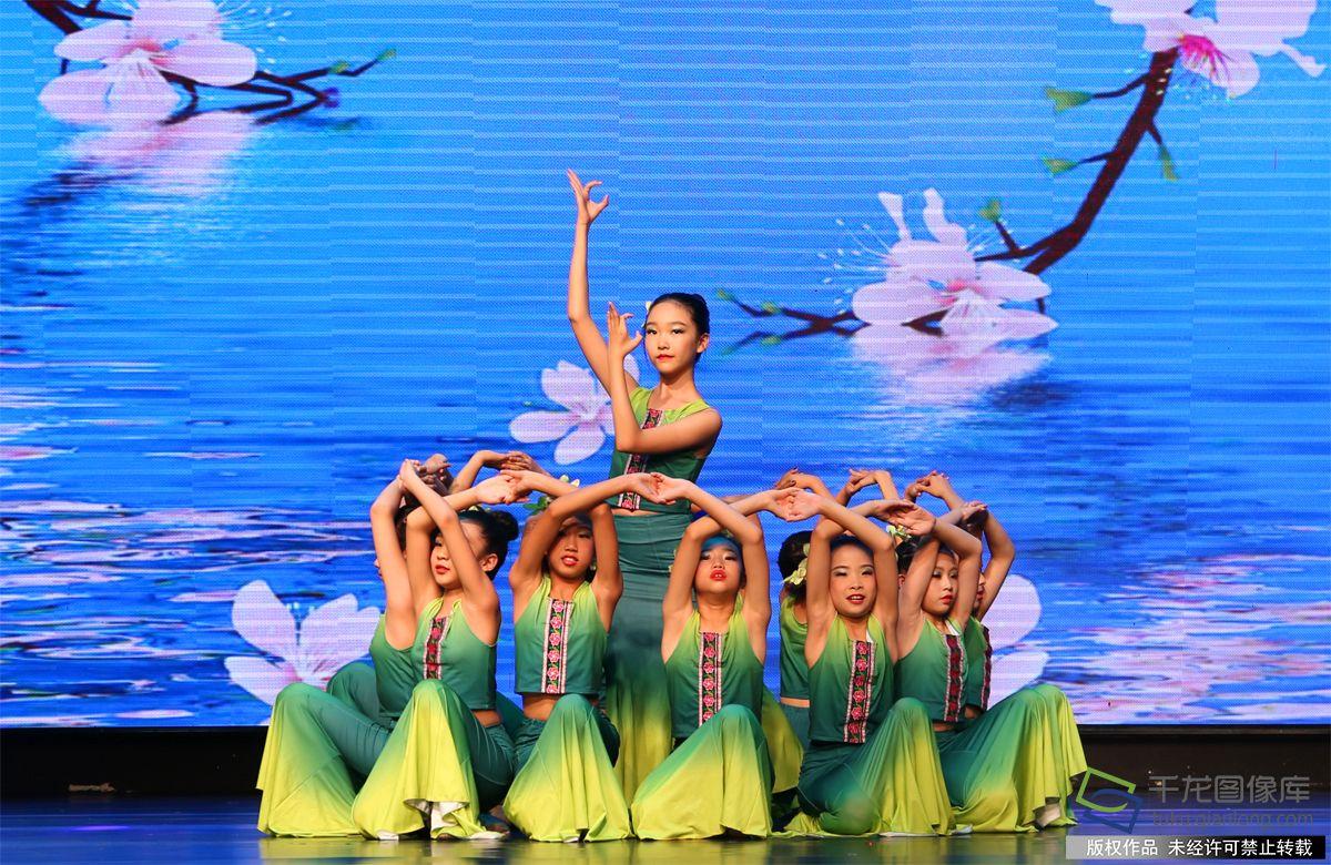 石榴花杯北京首届 青少年民族民间舞蹈大赛总决赛成功举办