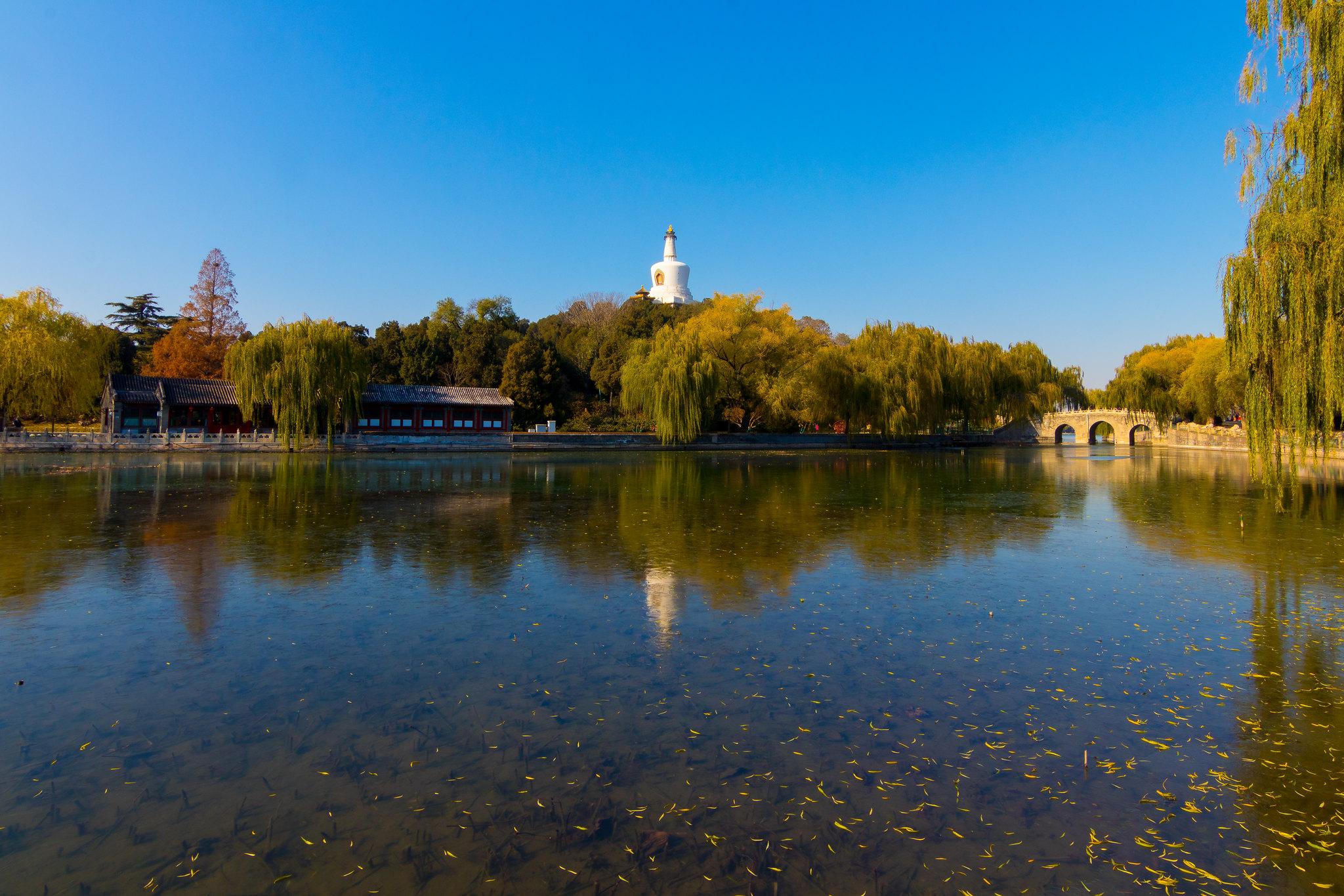 北京三大皇家园林:北海最悠久,颐和园最讲究,它却被烧成废墟