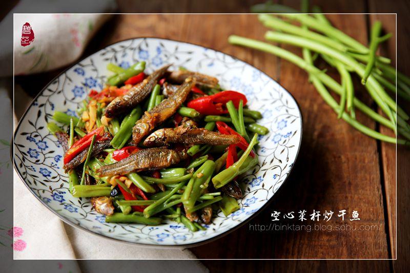 夏季这道绿色蔬菜,这么炒,脆嫩清新,多吃两碗饭