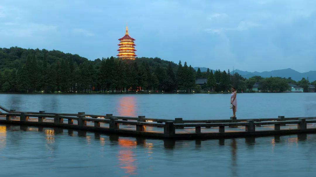 杭州历年gdp_2013年杭州GDP同比增长8.0(3)