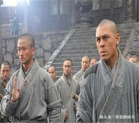 "<b>跟周星驰15年,为报""一饭之恩""拒绝洪金宝,刘德华想拜他为师</b>"