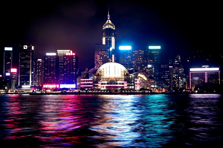 日本人可以在香港待30天,英国人可待半年,为啥内地人只可待7天