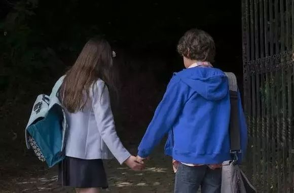 单身男士内心独白_这是一位12岁法国小女孩对着爱慕她多时的小男孩说出的内心独白 ...