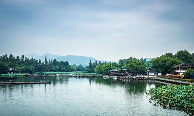 杭州人均_杭州西湖图片