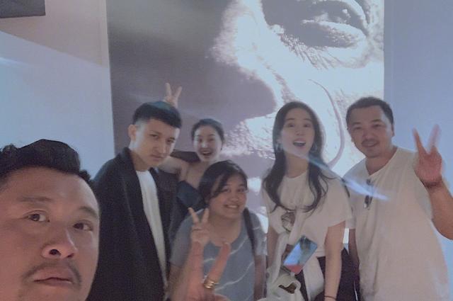 与宋承宪分手一年后,刘亦菲疑与某摄影师发情侣照?粉丝忙澄清!