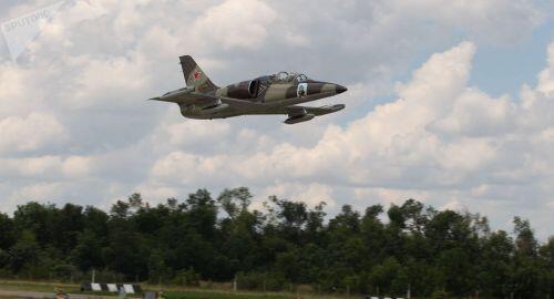 昔日全球第四军事大国,如今家底快被败光了,又摔掉了一架飞机