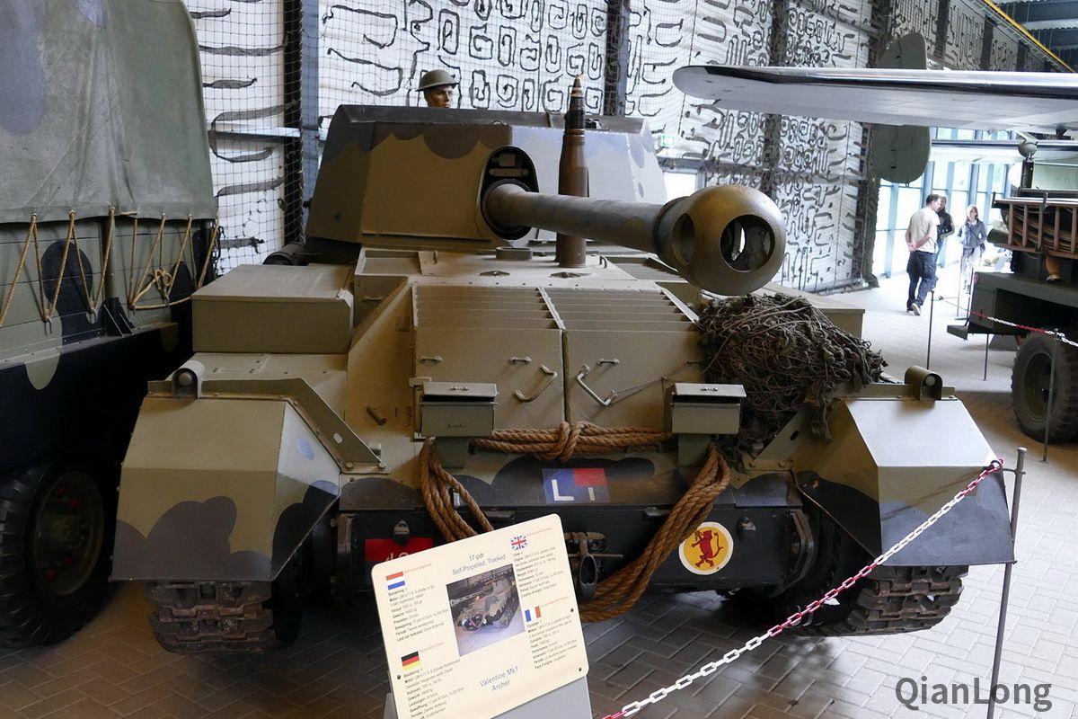 <b>在荷兰展出的英国弓箭手坦克歼击车 独特设计增强生存能力</b>