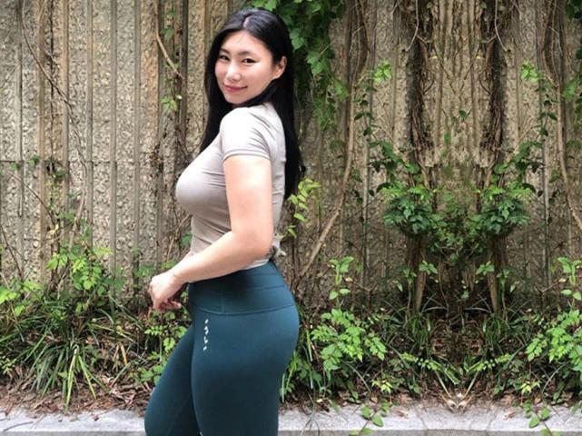 140斤的运动健身大妞,喜爱户外运动,称能更强的放松心理状态! 作者: 来源于:猪猪评球