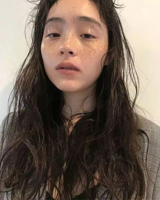 """叮咚,一篇黑发""""女孩指南""""v黑发的a黑发专为发型!头发短比长爱出油图片"""