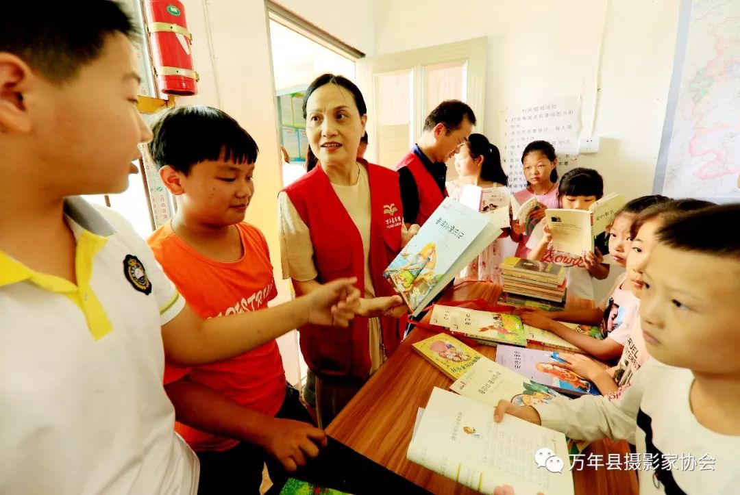 万年县多少人口_万年县第一中学确保今秋如期开学 可容纳学生5000人(2)