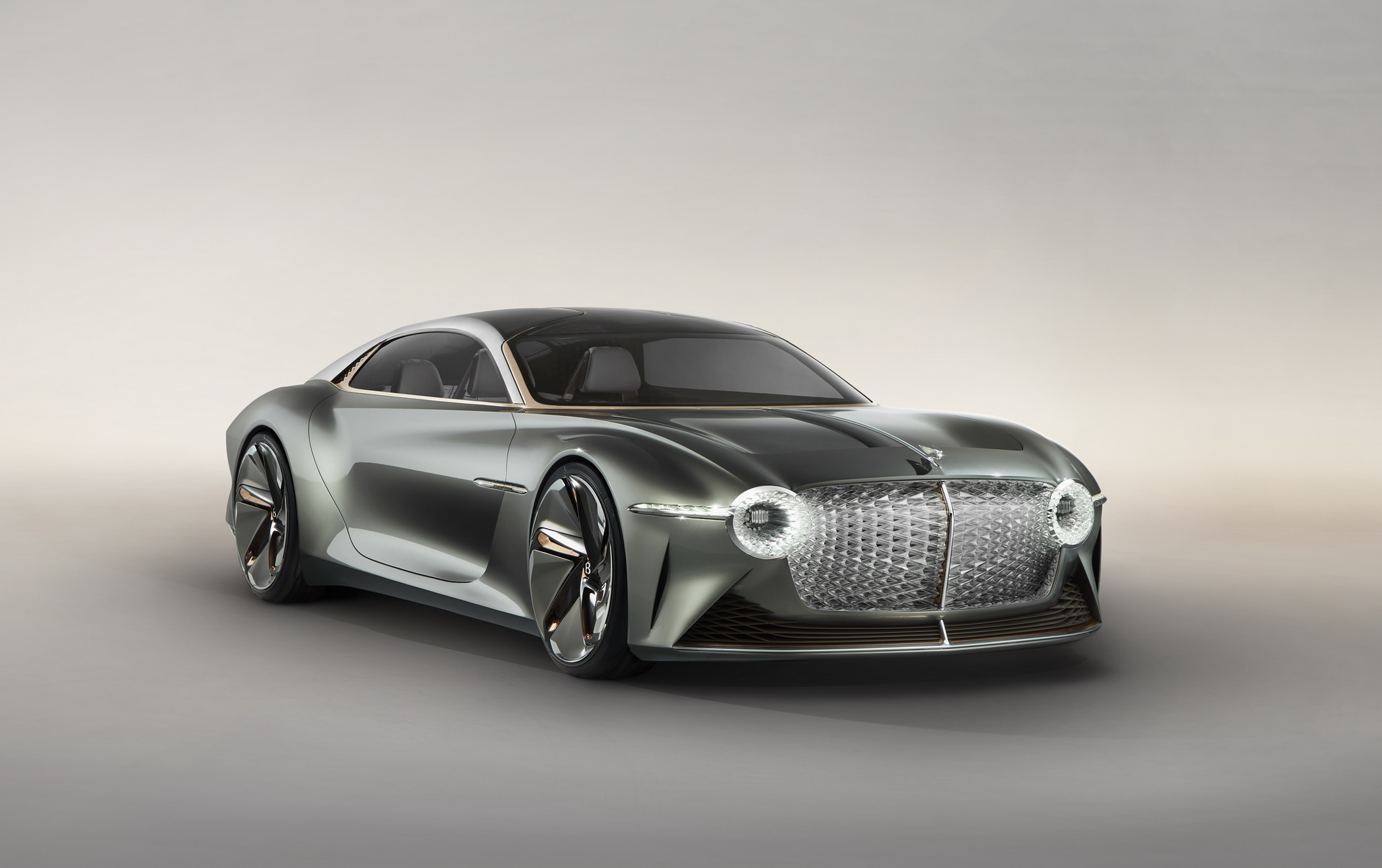 2035年的豪华车是什么样子?宾利电动EXP 100