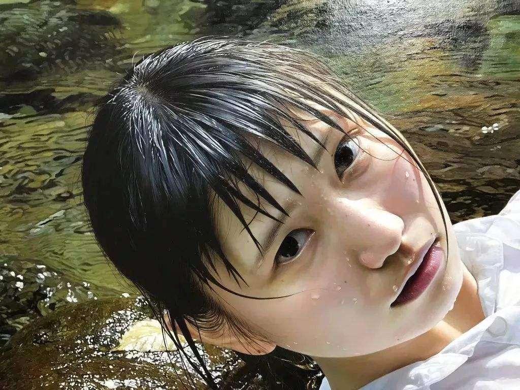 水中少女,逼真到令人害怕