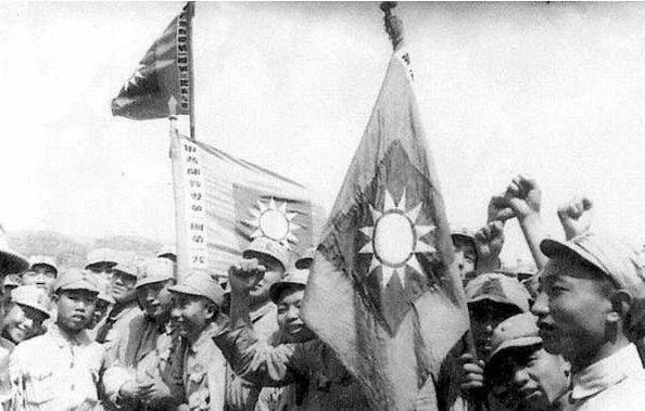 他率部起义,2个警卫营哗变欲围攻香山,一个营因为老实都升官了