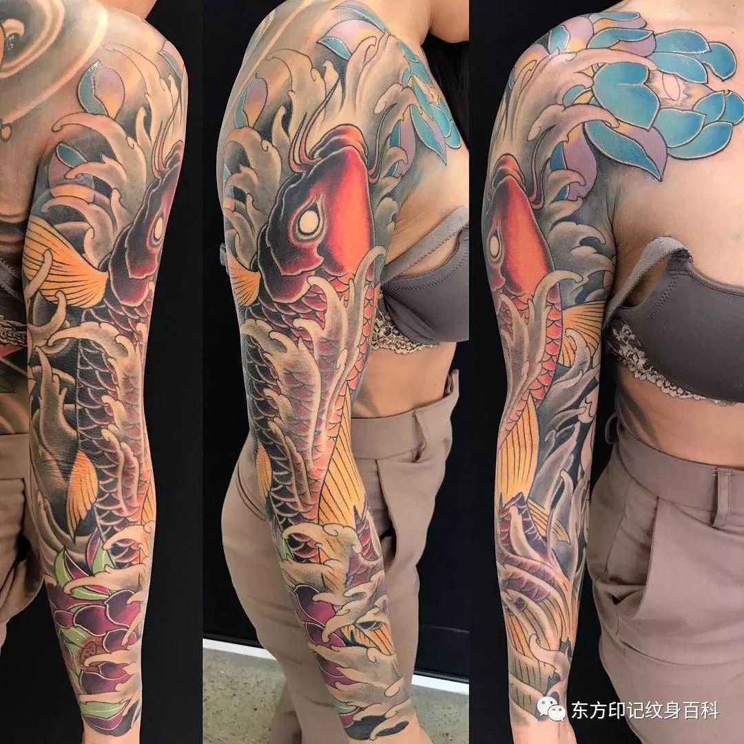 杨戬纹身半臂线条