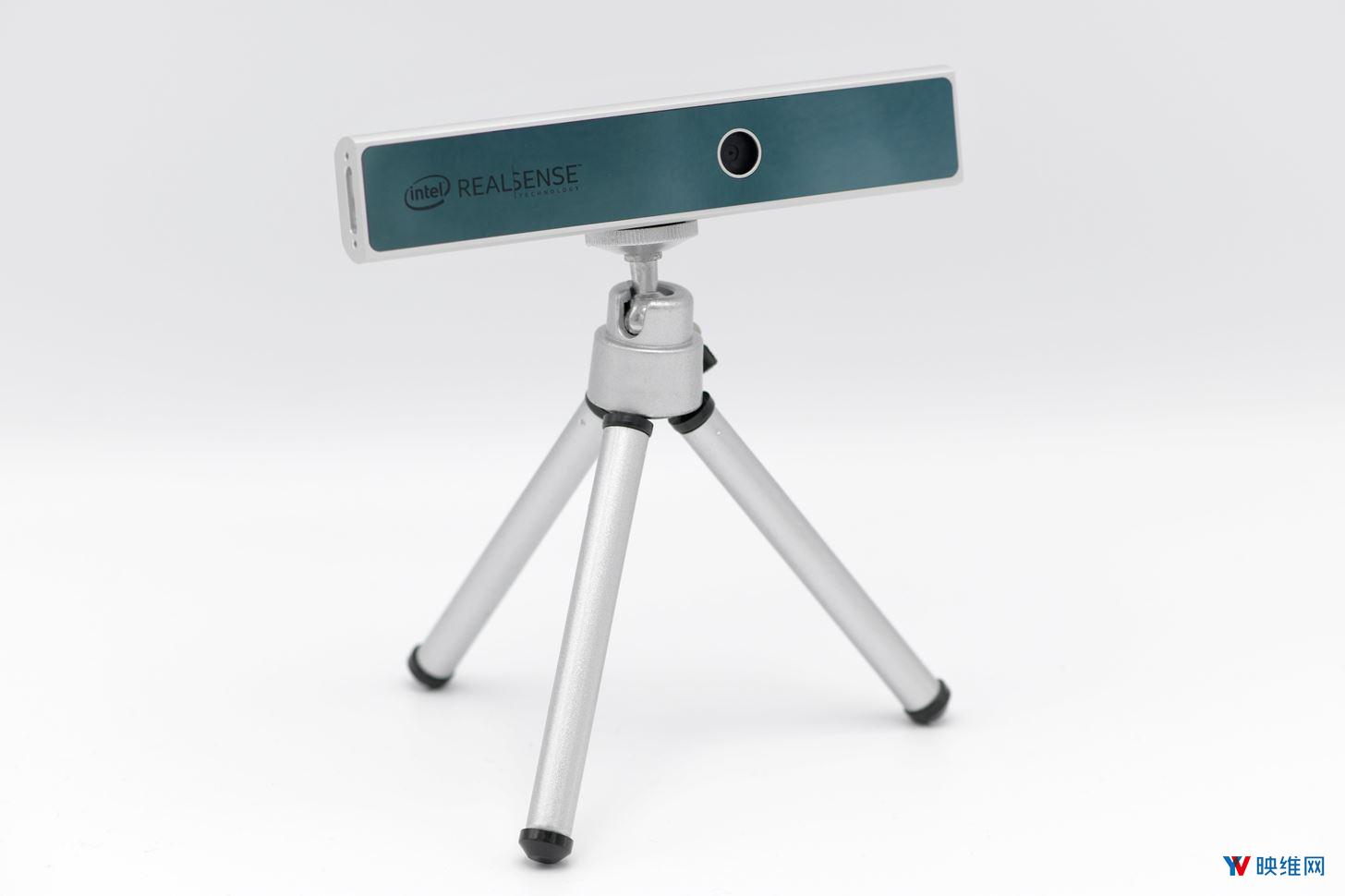 英特尔推出入门级实感摄像头SR305售价79美元