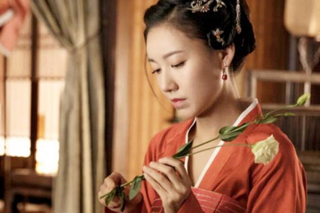 古时候男人都要纳妾吗 在古代,还真有帮丈夫纳妾的妻子