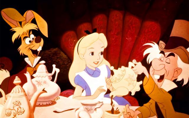 动画镜头下的迪士尼公主确实很美,那幺现实镜头下的她们呢?