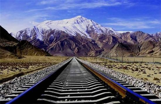 """让乘客""""想哭""""的列车:全程5000公里54小时,签""""协议书""""才让坐"""