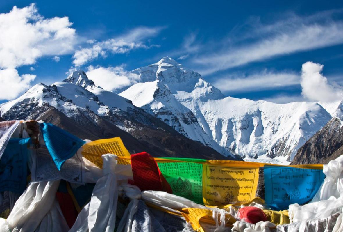 西藏人文风情看拉萨,自然美景要去日喀则