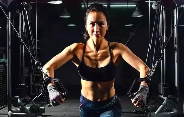 溫州51歲健身女神逆生長,身材窈窕馬甲線清晰,充滿女性魅力!