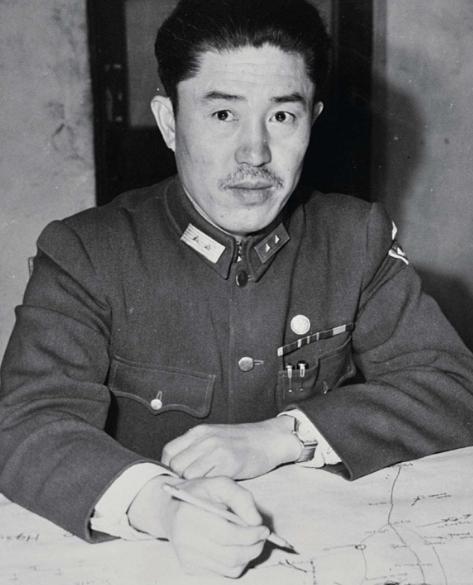他差点没考上军校,和日本人战斗了12年,从来没受过伤,非常神奇