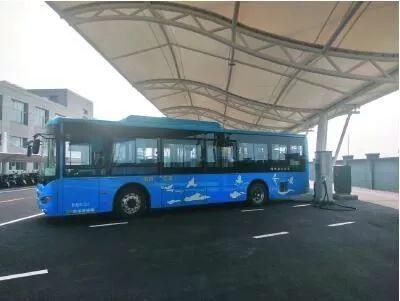 我区规模最大的公交总站充电站升级改造完成