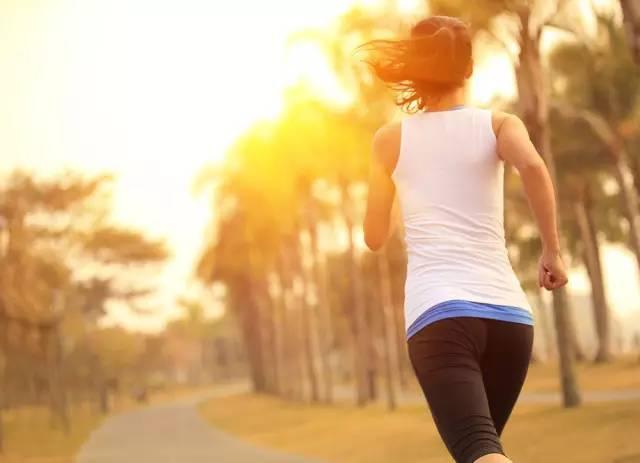 减肥运动完饿了怎么办图片