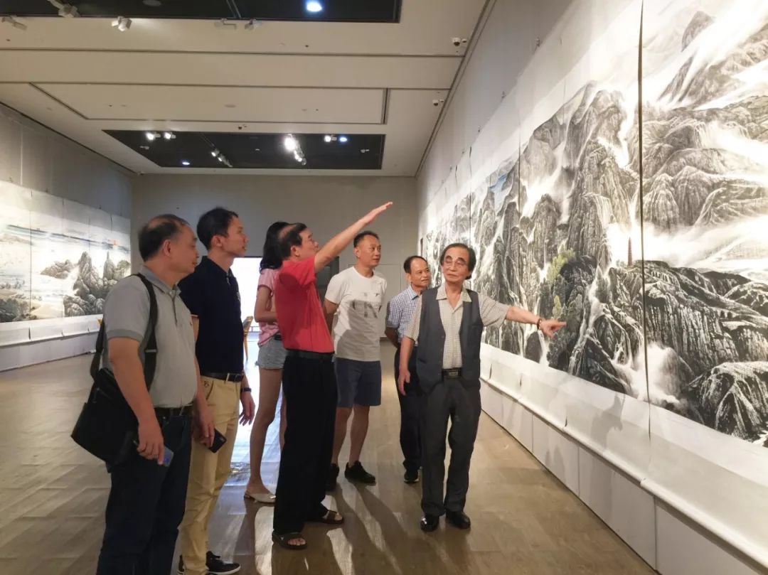 顶级人体艺术色色�_快讯|情溢海色——邓子敬山水画五长卷展在海南省博物