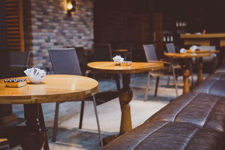"""整合分散的餐厅渠道,「饭泥」想成为餐桌上的""""分众"""""""