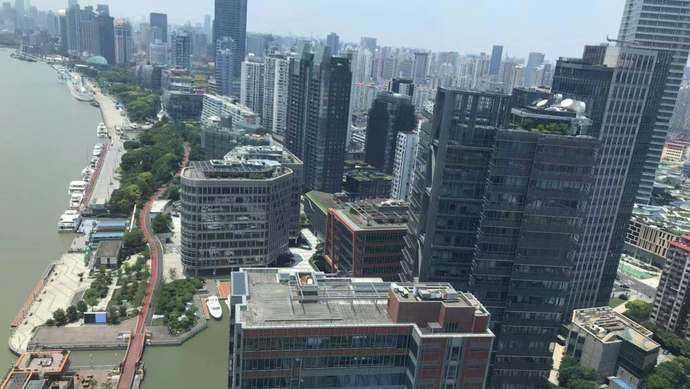 无人超市、运动公园、5G无人机……这里的滨江越来越潮