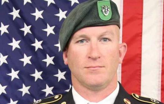 塔利班狙击手900米外,一枪击毙美军军士长,美司令:一大损失